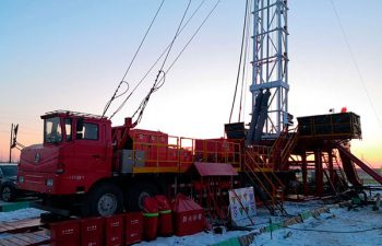 USR Drilling 14 wheeler truck with mobile drilling rig.