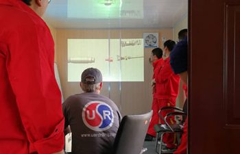 USR Drilling engineer training new workers.